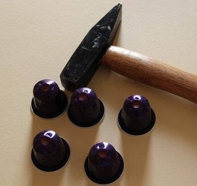 basteln mit nespresso kapseln hier lesezeichen. Black Bedroom Furniture Sets. Home Design Ideas